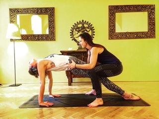 Umění jógového dotyku
