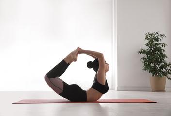 Celostní přístup jógy pro jarní detoxikaci