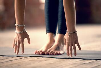 Uzemnění a jóga