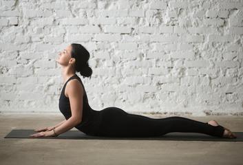 Bhudžangásana (pozice kobry)