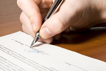 Jóga a paragrafy (náležitosti pracovních smluv)