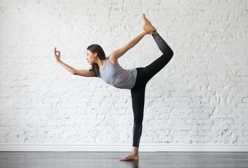 Pozice tanečníka (nataradžásana)