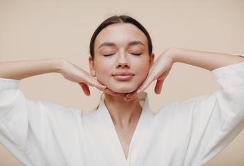 Obličejová jóga: Uvolní nejen svaly, ale také stres