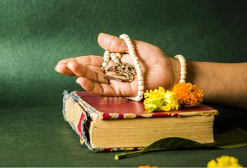 Tradiční jógové texty: Hatha-pradípika