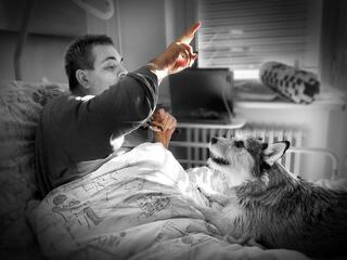Human–dog bonding přináší jeden z nelékových způsobů, jak se cítit dobře