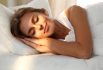 Jak může jóga podpořit kvalitu spánku?