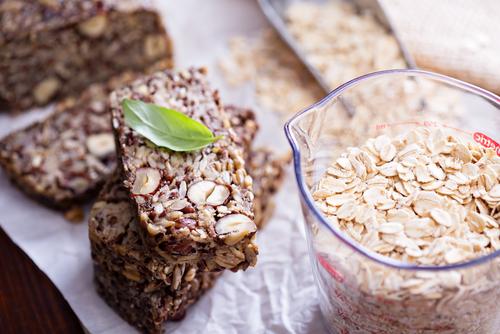 Domácí semínkovo-ořechový chléb
